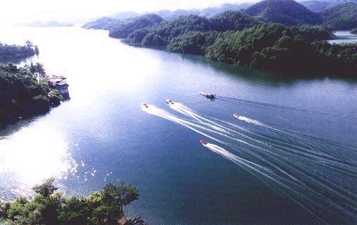 黄山、九华山、千岛湖、杭州五日游